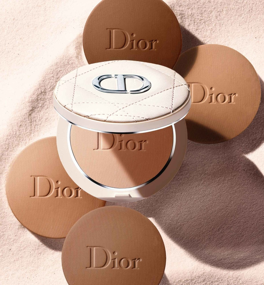 Dior - Dior Forever Natural Bronze Poudre bronzante bonne mine - 95 % de pigments d'origine minérale