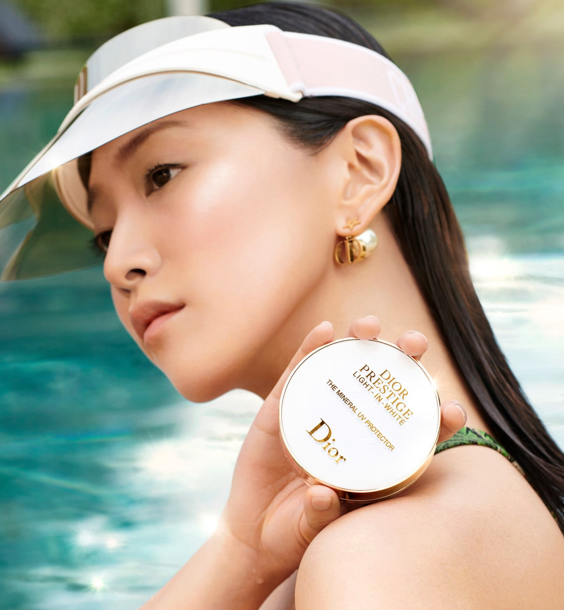 The Mineral UV Protector Blemish Balm Compact SPF 50+ PA+++
