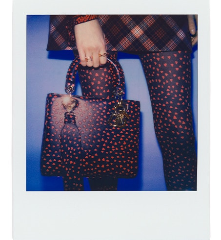 Sac Lady Dior Medium Cuir de veau imprimé I Love Paris bleu marine et cœurs rouges